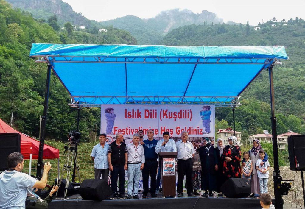 Festival vtáčieho jazyka v obci Kuşköy
